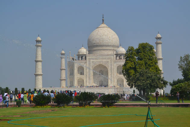 UAE diplomat complains of rude behaviour by staff at Taj Mahal