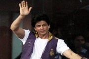 IPL 2016: Shah Rukh consoles cheerleaders, expresses disappointment after KKR's elimination