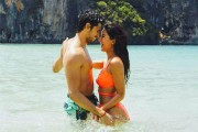Katrina Kaif , Sidharth Malhotra set temperatures soaring in the new still of 'Baar Baar Dekho'