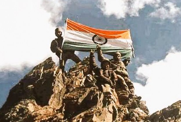 Nation remembers martyrs on the occassion of 17th Kargil Vijay Diwas