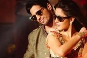 Sidharth Malhotra, Katrina Kaif turn up the heat rocking a 'kaala Chashma'!