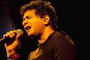 Raipur sways to Bollywood numbers at KK live concert