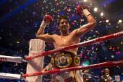 Singh is King: Vijender Singh beats Kerry Hope in Professional Boxing in...