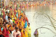 Lakhs of people throng ghats across India to celebrate Chhath